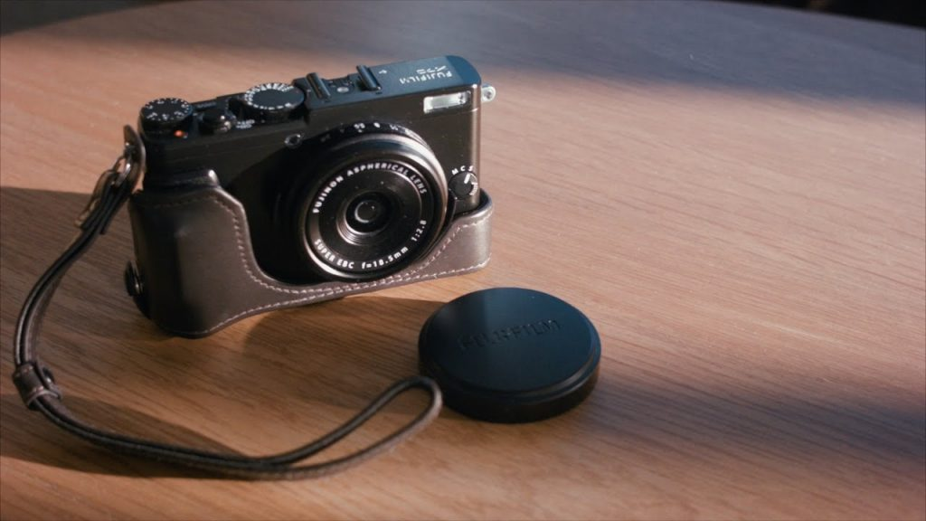Best Point and Shoot camera under 15000
